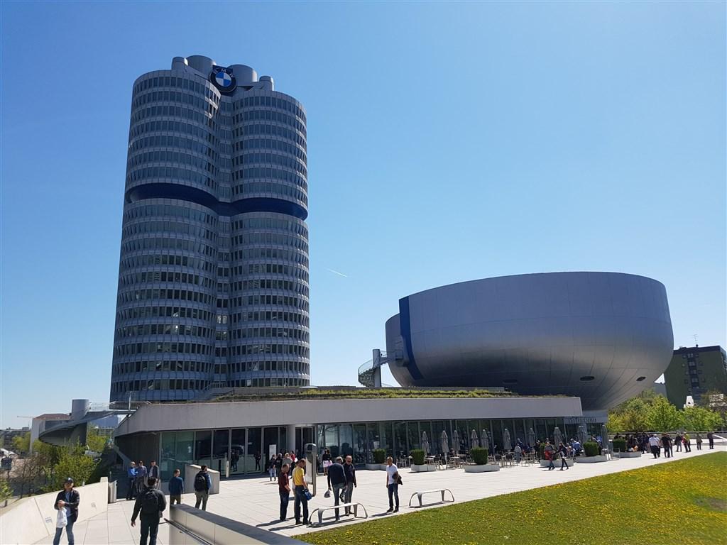 Mnichov – BMW Welt a BMW muzeum -