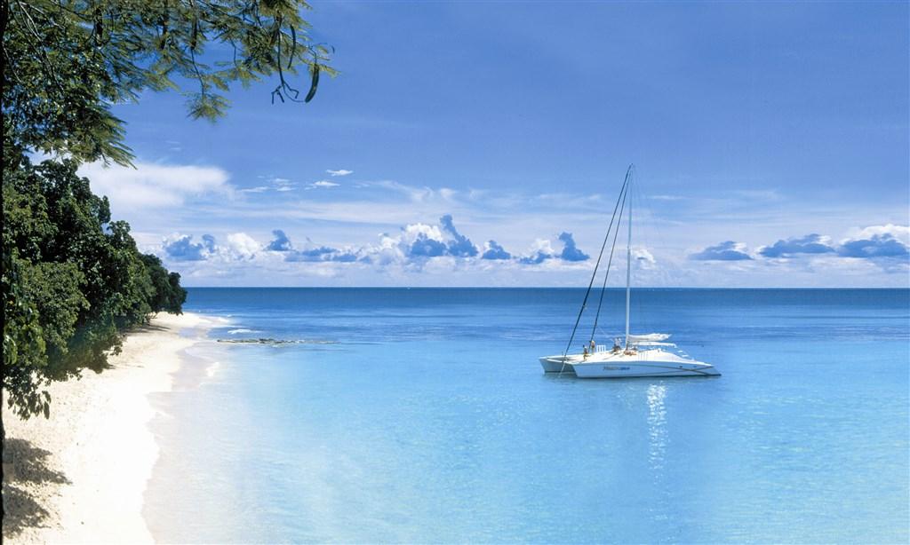 Plavba: Grenadiny a okolí (Bridgetown) - Karibik